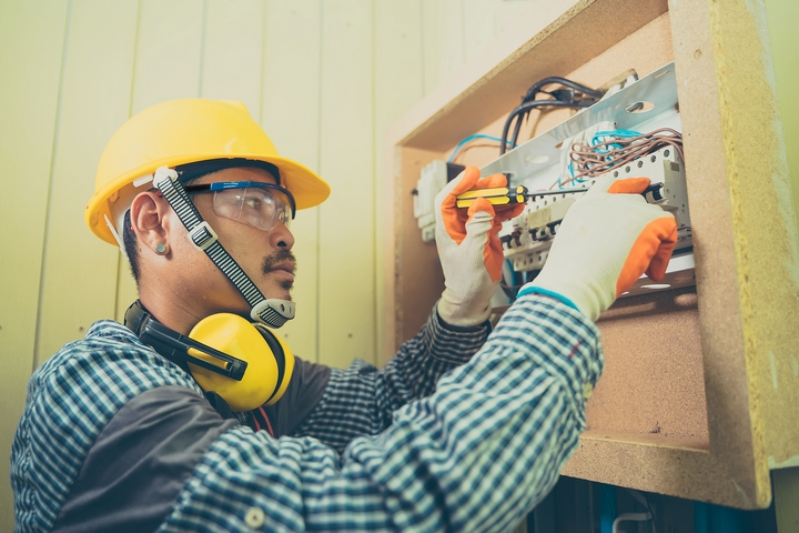 8 Important Electrician Skills You Should Master